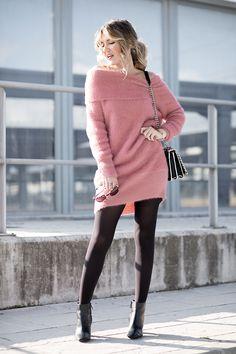 розовый платье пушистик легенсы