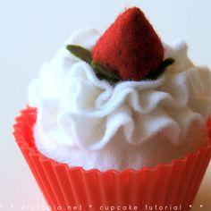 Picture of Felt cupcake delicious