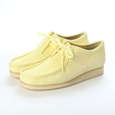 Clarks Wallabee / Yellow ¥24,840 Mens Fashion Shoes, Sneakers Fashion, Men's Fashion, Clarks Wallabee, Men's Shoes, Shoe Boots, Clarks Originals, Jacket Style, Types Of Shoes