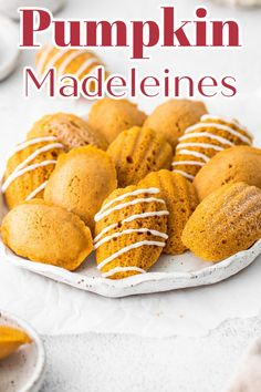 Pumpkin Madeleines - A simple french madeleine recipe with a fall twist! Light and fluffy homemade madeleines made with pumpkin and fall spices! Starbucks Copycat Recipe | Pumpkin Madeleines | Madeleine Recipe #dessert #baking #recipe #easyrecipe #easydessert #pumpkin #fall #starbucks #copycat Cookie Recipes From Scratch, Healthy Cookie Recipes, Holiday Cookie Recipes, Best Dessert Recipes, Sweet Recipes, Amazing Recipes, Cupcake Recipes, Appetizer Recipes, Winter Desserts