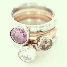 Zo blij met deze ringen van Melano Twisted. Nieuwe steentjes erop :)