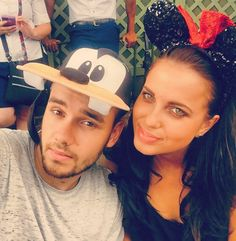 liam payne sophia smith florida niall horan brooklyn beckham wireless 03 Liam Payne and girlfriend Sophia Smith wear character hats during their visit to Disney World on Friday afternoon (July in Orlando, Fla. Disney World Florida, Disney World Trip, Shower Song, One Direction Liam Payne, Sophia Smith, Brooklyn Beckham, On The Road Again, Liam James, Niall Horan