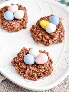 Healthy No-Bake Chocolate Peanut Butter Cookie Nests! Only 8 good-for-you ingredients! The perfect treat to celebrate Easter! Gluten-free diary-free & vegan!