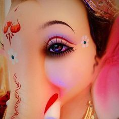 Make this Ganesha Chathurthi 2020 special with rituals and ceremonies. Lord Ganesha is a powerful god that removes Hurdles, grants Wealth, Knowledge & Wisdom. Jai Ganesh, Ganesh Lord, Ganesh Idol, Shree Ganesh, Lord Shiva Painting, Ganesha Painting, Clay Ganesha, Ganesha Art, Eye Painting