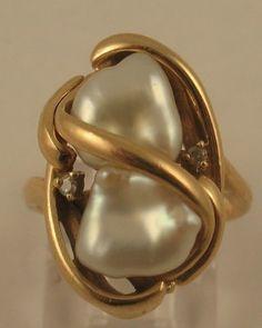 Lovely Estate Freshwater Pearl Diamond 14k Yellow Gold Cocktail Ring