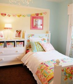 Cute girls rooms - love the colors!