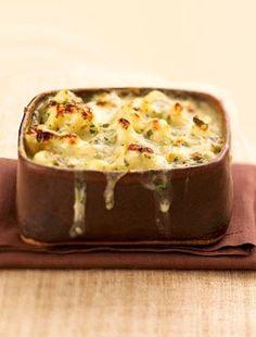 A rakott karfiollal nem kell sokat pepecselned, és nagyon finom vacsora lehet bármikor.