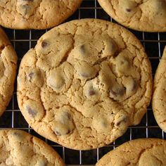 Felix K.'s 'Don't even try to say these aren't the best you've ever eaten, because they are' Chocolate Chip Cookies - Printer Friendly Chocolate Chip Cookies Rezept, Chocolate Chip Recipes, Chocolate Chip Oatmeal, Chocolate Chips, Baking Recipes, Cookie Recipes, Dessert Recipes, Snacks Recipes, Brownie Recipes