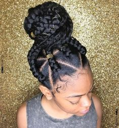 Triangle Braids: Taking Your Box Braids to the Next Level #hair #hairstyle #braids #braidedHairstyle #triangleBraids #boxBraids #beauty #braidTypes #braidTrends #braidTrends2019 If you've been looking for a new way to update your braided locks, the triangle braids may be the solution! These add a..