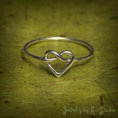 Cute ♥ Check out more rings like this! Visit http://www.ilgilibilgili.com/en/coffee-cup-ring.html