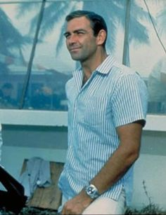 In 1965's Thunderball, Sean Connery is pictured defeating evil-doers in the Bahamas in a blue and white vertically striped shirt and a pair of white trousers, a look that's just as cool and elegant now as it was then.    Read more: http://www.askmen.com/fashion/style_icon/17_style_icon.html#ixzz1kHIGDZP3