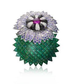 Van Cleef & Arpels, California Rêverie collection, Desert Blossom clip