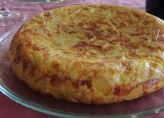 A tortilla é um dos pratos mais típicos da Espanha, feita com um dos ingredientes mais consumidos e deliciosos do mundo: a batata.