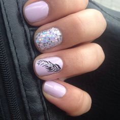 pink feather nail art