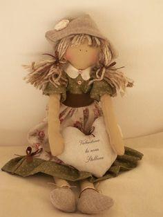 Country Doll. (By Carmela Colavito).