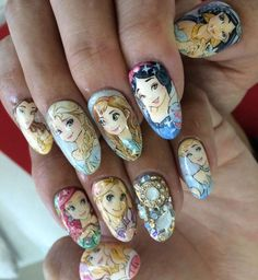 Nail art Princesses Disney