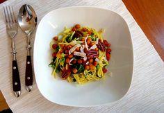 Yellow legumes pastaserving