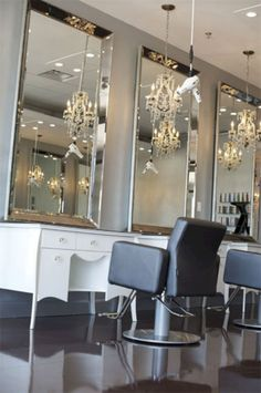 Breathtaking 46+ Best Home Salon Decor Ideas For Private Salon On Your Home https://freshouz.com/46-best-home-salon-decor-ideas-private-salon-home/