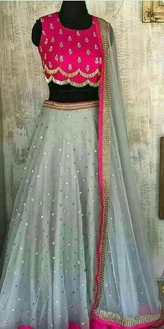 See related links to what you are looking for. Lehenga Designs, Kurta Designs, Blouse Designs, Indian Designer Outfits, Designer Dresses, Lehenga Blouse, Lehenga Choli, Indian Dresses, Outfit