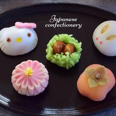 Japanese sweets | so pretty! Reminds me of the pressed powdery sweets from Kyoto
