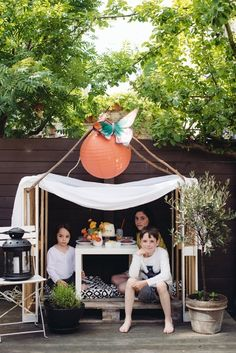 How To: Make a Pallet Playhouse for the Kiddos in Time for Summer