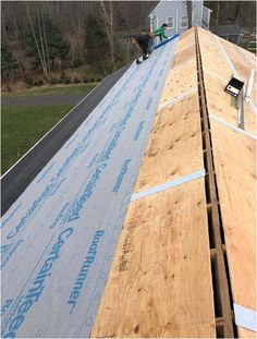 Essential Ideas You Need To Know When Repairing Your Roof - Home Roofing Tips Types Of Roofing Materials, Copper Roof, Wooden Buildings, Building Department, Old Trees, What Is Need, Sounds Great, Building A New Home, Short Article