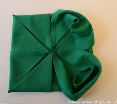 4-Leaf Clover Napkin Fold Tutorial for a St. Patrick's Day Table Setting