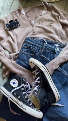 Teen Fashion Outfits, Retro Outfits, Grunge Outfits, Fall Outfits, Summer Outfits, 2000s Fashion, Swaggy Outfits, Cute Casual Outfits, Simple Outfits