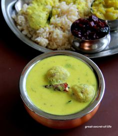 Paruppu Urundai Mor Kuzhambu - Paruppu Urundai More Kuzhambu - Paruppu Urundai More Kulambu - Simple Kuzhambu recipe - Great-secret-of-life Healthy Food Recipes, Healthy Meals, Indian Food Recipes, Vegetarian Recipes, Ethnic Recipes, Healthy Tips, Kulambu Recipe, Cooking Tips, Cooking Recipes