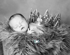 Newborn boy photographer little king  www.memoriesbybrandi.blogspot.com