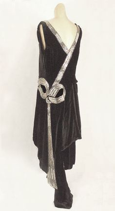 Henri Bendel rhinestone studded velvet evening dress, c.1928, from the Vintage Textile archives.