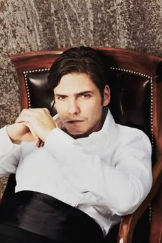 Daniel Brühl by Lars Borges for Deutsche Bahn Magazine:
