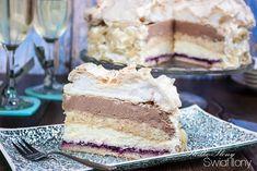 Słodko-słony świat Ilony...: TORT PRALINOWY Z BEZĄ, BIAŁĄ CZEKOLADĄ I CZARNĄ PORZECZKĄ Dessert Cake Recipes, Food Cakes, Vanilla Cake, Random, Nails, Cakes, Finger Nails, Ongles, Kuchen