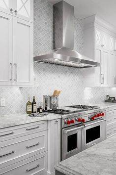 """( Top ) Arabesque Tile - """" Kitchen Backsplash """" Design Ideas - The gray arabesque complements the white cabinets and gray marble countertops! The arabesque takes - Gray Kitchen Backsplash, Arabesque Tile Backsplash, Backsplash Design, Backsplash Ideas, Mediterranean Kitchen Backsplash, Light Grey Kitchens, Open Kitchens, Shaker Style Doors, Grey Countertops"""