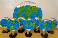 Earth Day, Dinosaur Stuffed Animal, Toys, Animals, Education, Manualidades, Globe, Projects, Craft