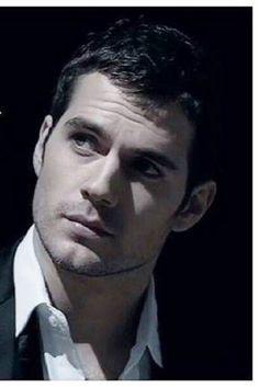 Henry Cavill ~ Cuánta belleza junta en un solo hombre...❗❗❗❗❗❤❤❤❤❤