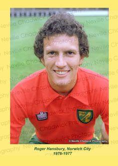 Norwich 1976-1977 - Chadwicks Sporting Archive Norwich City Fc, Football Shirts, Sticks, Archive, English, Sports, Hs Sports, Football Jerseys, English Language