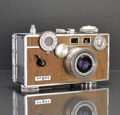 Ilott Vintage takes classic mid-century rangefinder cameras and refurbishes them to working order. You do remember cameras that use film, right? Well, Ilott replaces their worn out leathers with wood veneer making each camera completely unique and one-of-a-kind.