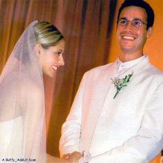 Sarah Michelle Geller and Freddy Prinze Jnr on 1st September 2002