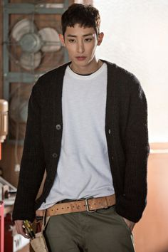 leesoohyuk | Tumblr Lee Hyuk, Asian Men Hairstyle, Lee Soo, Kdrama Actors, Asian Boys, Korean Actors, Actors & Actresses, Hot Guys, Short Hair Styles
