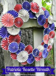 Stamptramp: Patriotic Project Roundup, using Tim Holtz' Paper Rosette die to make all the rosettes.