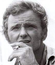 Jerry Reed (March 1937 – September was an American country music singer, songwriter, and actor. His most well known songs included Guitar Man, A Thing Called Love, Alabama Wild Man. Country Music Stars, Old Country Music, Outlaw Country, Country Music Artists, Country Singers, American Country, Country Guys, Georgia Country, Jerry Reed