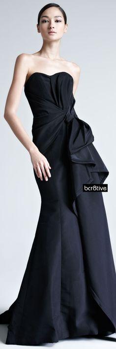 Carolina Herrera :: Faille Strapless Gown