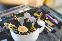 https://thenellybean.com The Best Affordable Makeup Brushes for Beginning Makeup Enthusiasts #makeup #brush #tools #blogger #beauty #cosmetics #cheap #budget #price #savings #tricks #advice #blog