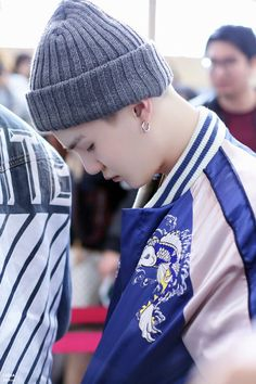 160423 gimpo airportby i suga。 thank you! ◇ please do not edit, and take out with credit。