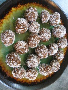 RAW DATE COCONUT BALLS « Gluten-Free Delightfully Delicious