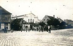 Ako dostal Prešporok prvú mestskú tržnicu - Bratislavské rožky Bratislava, Louvre, Street View, Building, Travel, Outdoor, Times, Pictures, Historia