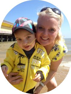 An amazing, inspiration young boy. Laughlin Whitely who sadly lost his life! More about his charity he set up , and his family. Please feel free to read, and donate. www.unlockalifeforlockey.co.uk Thank you <3