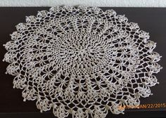 Large neutral doily