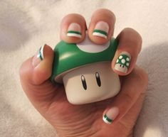 LOOOOOOOOOVE!!!!!!!!!!!!!! its like mario brothers nails! hahahaha